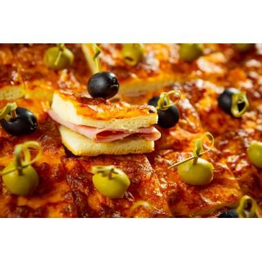 Pizzawürfel gefüllt Platte klein