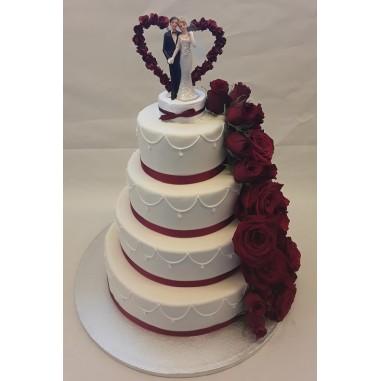 Hochzeitstorte Rosenranke